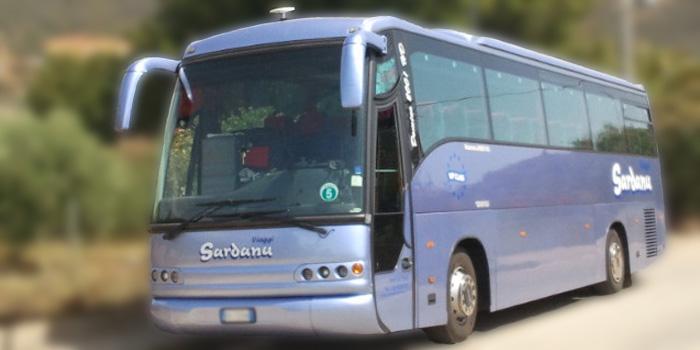 bus tour sardegna